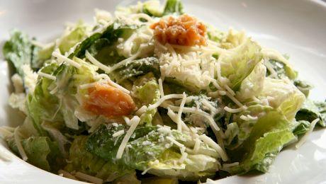 Numele salatei Caesar nu vine de la împăratul roman. Și totuși, de ce se numește astfel?