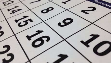 De ce luna februarie are mai puține zile?