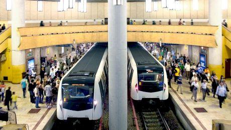 Câți oameni încap într-un metrou din București? Câți oameni transportă metroul pe zi?