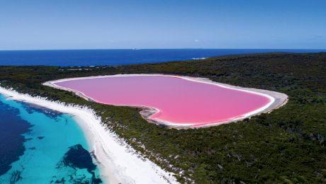 De ce acest lac din Australia are culoarea roz?