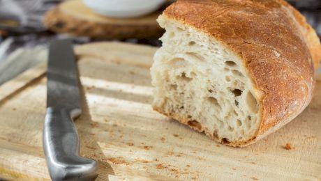 Nicio masă fără pâine! De ce mănâncă românii multă pâine?