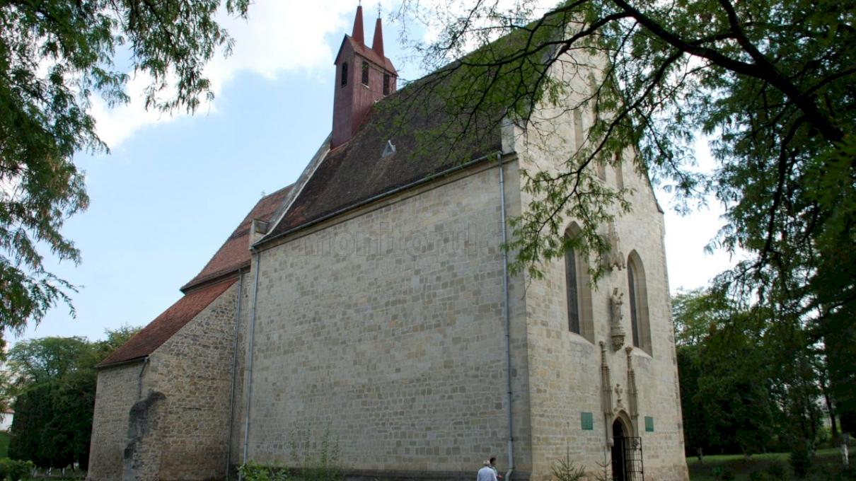 Ce vârstă are cea mai veche clădire din România?