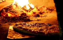 Există o lege care stipulează cum trebuie să fie preparată pizza?