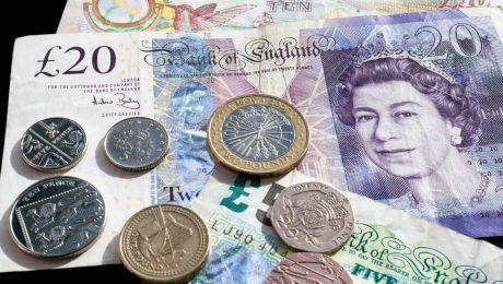 Cum arătau primele bancnote și cine le-a inventat?