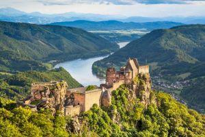 """De unde vine denumirea de """"Dunăre"""" și ce simbolizează ea?"""