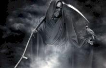 De ce moartea este reprezentată cu o coasă și nu cu un cuțit?