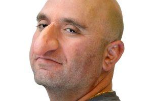 E adevărat că bărbații cu nasul mare sunt mai dotați?
