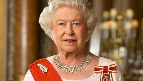 Ar putea Regina Marii Britanii să fie acuzată de crimă?