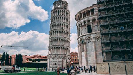 De ce este Turnul din Pisa înclinat?