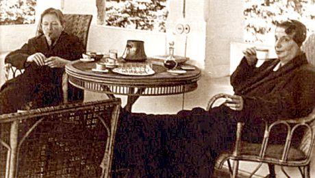 Ce scrie pe piatra funerară a soției lui George Enescu, femeia care l-a înșelat pe compozitor cu o mulțime de bărbați?