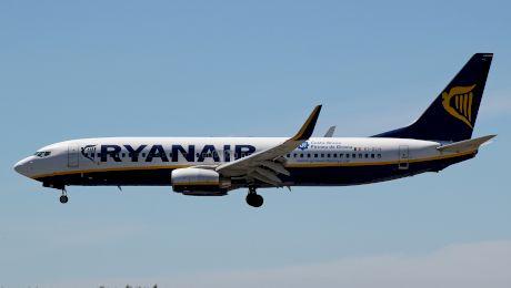 E adevărat că TAROM a ajutat Ryanair să se extindă cu avioane construite în România?