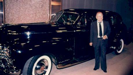 E adevărat că Ceaușescu a furat mașina Regelui Mihai? Cui a făcut-o cadou?