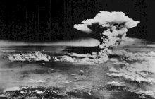 Cum a schimbat o lună de miere destinaţia primei bombe atomice?