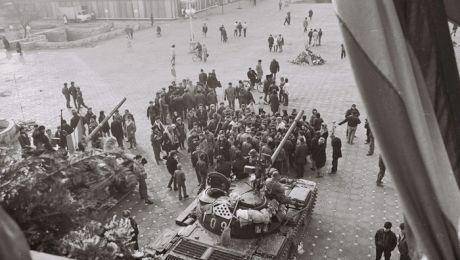 30 de ani de la Revoluție. Cine a fost prima victimă a Revoluției din 1989?