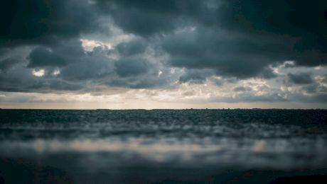 Cum se denumesc furtunile și uraganele?