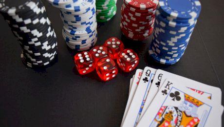 Care este ierarhia mâinilor în poker?