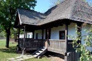 Cum arată casa din Scornicești în care s-a născut Ceaușescu?