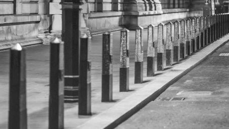 Cât de late ar trebui să fie trotuarele?