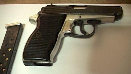 Cine a inventat faimosul pistol Carpați?
