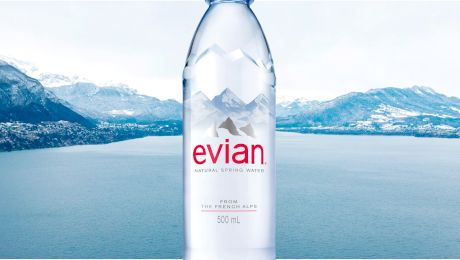 De ce este apa Evian atât de scumpă?