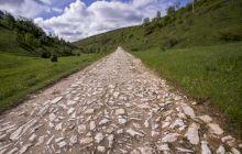 Care este singurul sat din România cu drum de marmură?
