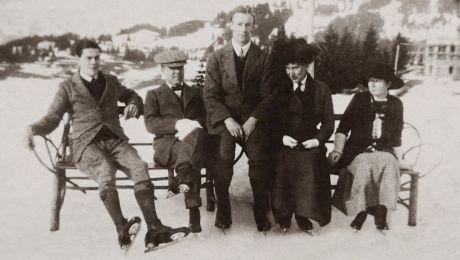 De ce nu zâmbeau oamenii în fotografiile de epocă?