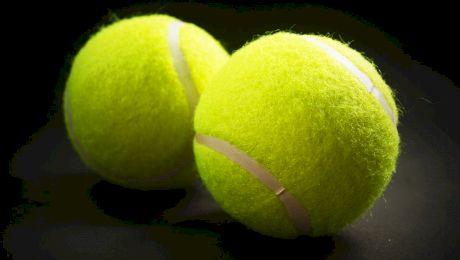 De ce sunt mingile de tenis verzi?