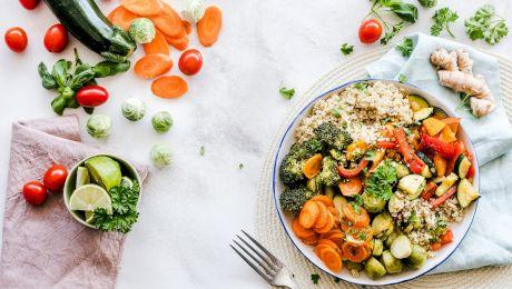 Ce se întâmplă dacă mănânci seara și care sunt efectele?