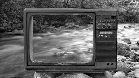 Ce au văzut ROMÂNII pentru prima dată la televizor? Cum arata prima transmisiune TV de la noi?