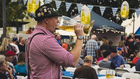 Cum a apărut festivalul Oktoberfest? În câte locuri se sărbătorește?