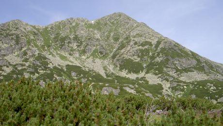 De ce Munții Retezat se numesc astfel?