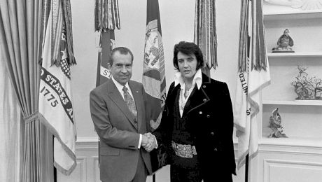 De ce s-au întâlnit Elvis Presley și președintele Richard Nixon?