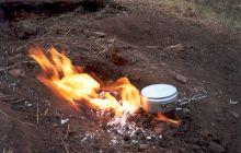 De ce arde focul din pământ? Focul viu de la Lopătari