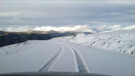 Cum arată Transalpina iarna? Cum se circulă iarna pe Transalpina?