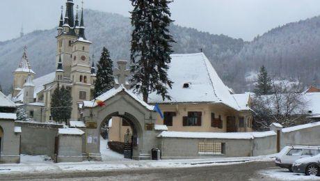 Care este misterul hrisovului din globul de aur de la Brașov?