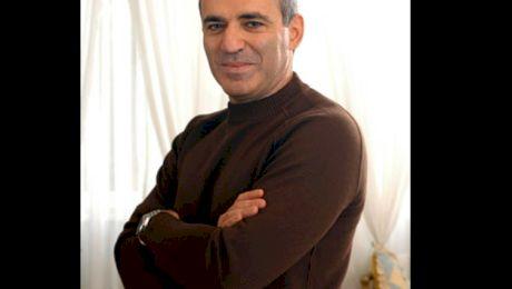 Cum a bătut Gari Kasparov computerul la șah, în anul 1996?