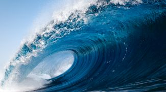 Cât de înalt a fost cel mai mare val tsunami din lume?