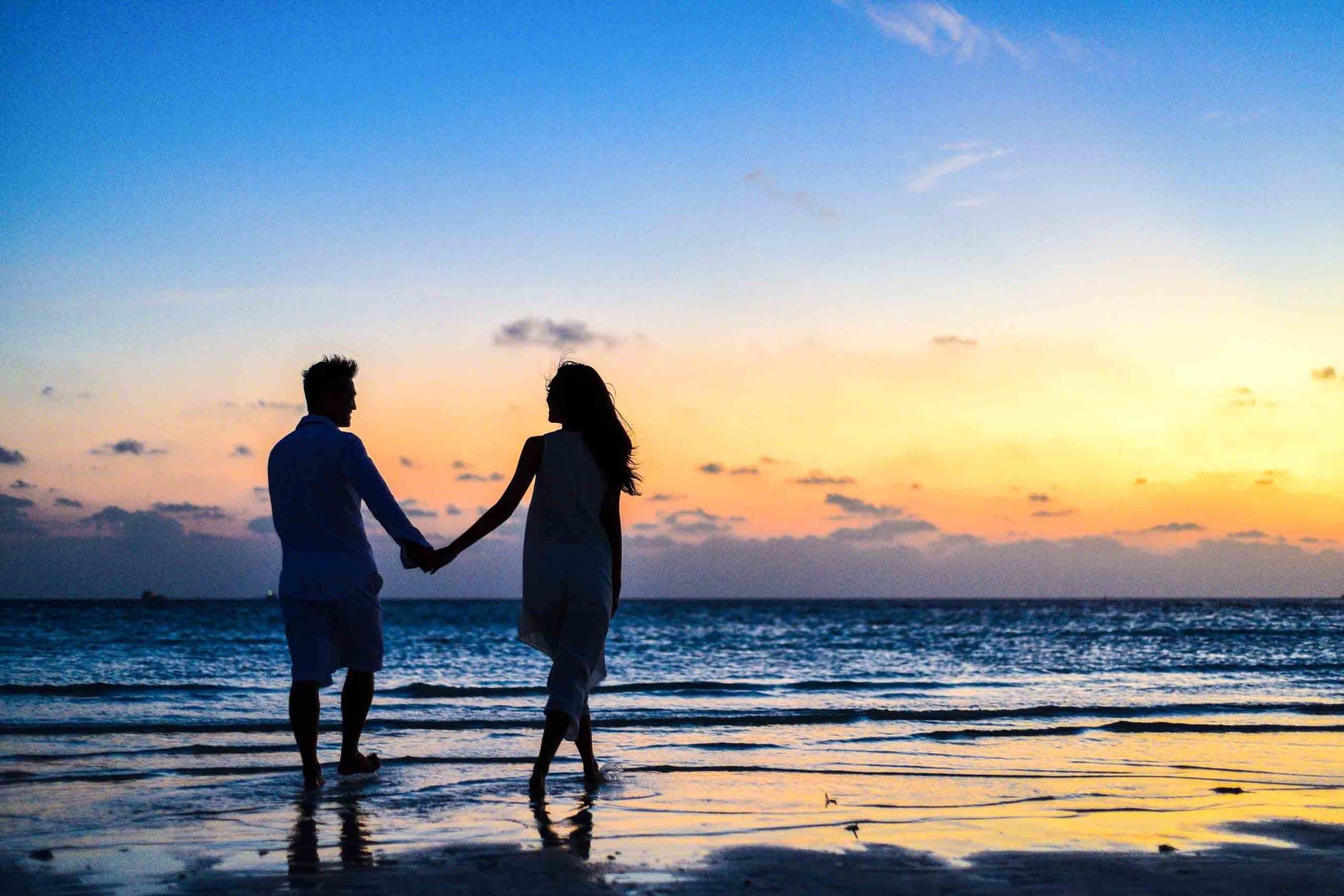 Citate despre iubire. Care sunt cele mai frumoase citate de dragoste?