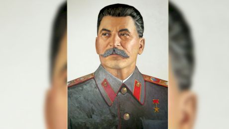 Cine a fost Stalin? Cum a influențat politica comunistă?