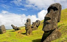 Ce reprezintă misterioasele statui gigantice de pe Insula Paștelui?