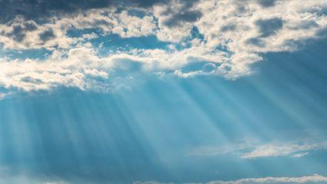 """De unde vine expresia """"în al nouălea cer""""? Unde își are originea?"""