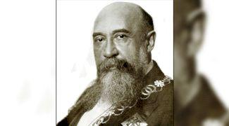 E adevărat că Nicolae Iorga a fost îndrăgostit de două surori?