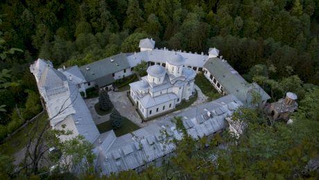 Care este povestea mănăstirii Tismana, cea mai veche din Țara Românească?