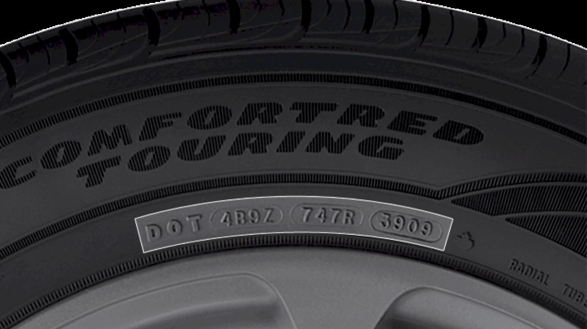"""Ce înseamnă """"DOT"""" la anvelope? De ce după """"DOT"""" sunt cifre?"""
