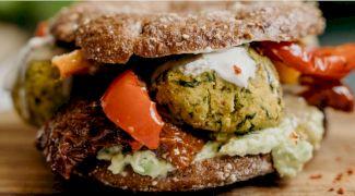 Rețetă burger de post. Cum pregătești un burger delicios și sănătos?