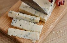 Ce este brânza maturată? Curiozități despre maturarea brânzei