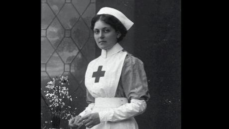 Cine a fost femeia care a supraviețuit după trei catastrofe navale? A fost pe Olympic, Titanic și Britannic