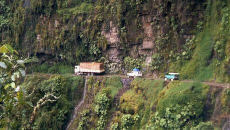 Cele mai înfricoșătoare și mai periculoase drumuri din lume