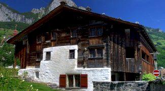 Care este cea mai veche casă din lemn din Europa? Unde se află?