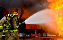 De ce apa stinge focul? Ce întreține focul să ardă?